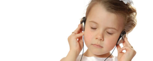 Girl Listening to NLP World Hypnosis track | NLP World